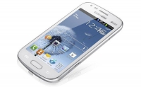 5-дюймовый Samsung Galaxy Grand на одну и две SIM-карты